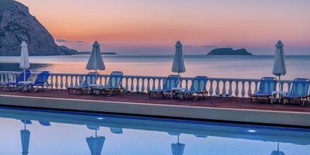 Allas, hotelli Crystal Beach. Kalamaki, Zakynthos.