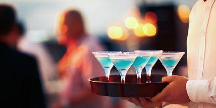 Curaçaossa voit kokeilla makeaa sitrusalkoholia, joka sai nimensä saaren mukaan.
