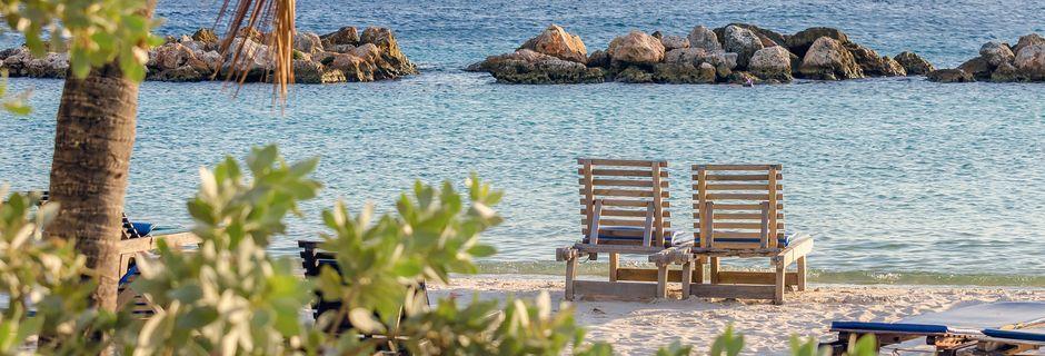 Curaçao on suurin kolmesta länsi-Intian ABC-saarista.