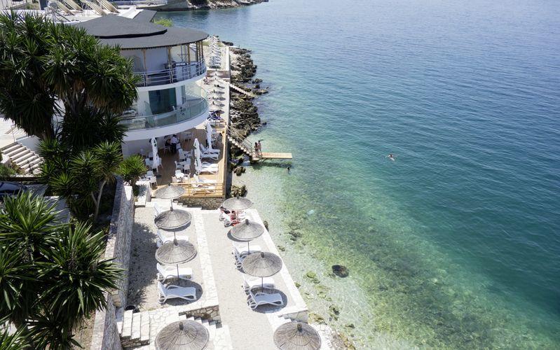 Hotelli Delfini, Saranda, Albania.