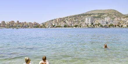 Läheinen ranta. Hotelli Demi, Saranda, Albania.