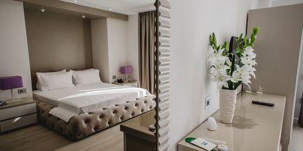 Kahden hengen huone. Hotelli Demi, Saranda, Albania.