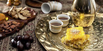 Makeisia ja teetä Dohassa.
