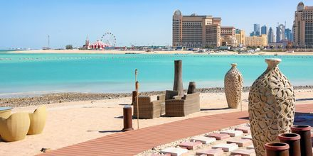 Katara Beachin hiekkaranta Dohassa.