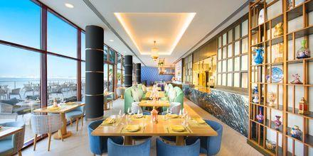 Meze-ravintola, hotelli Doubletree by Hilton Marjan Island. Ras al Khaimah, Arabiemiraatit.