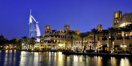 7 tähden luksushotelli Burj Al Arab, Dubai,  Arabiemiraatit.