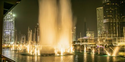 Dubai Fountain, Dubai Downtown. Dubai, Arabiemiraatit.