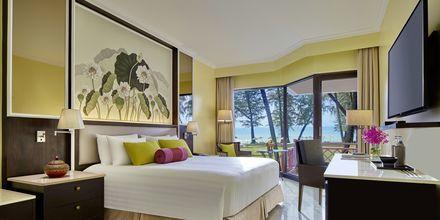 Deluxe Plus -huone, hotelli Dusit Thani Laguna Phuket, Bangtao Beach.