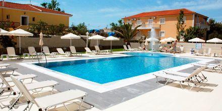 Uima-allas. Hotelli Esperia, Laganas, Zakynthos.