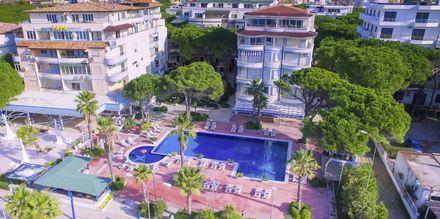 Huoneistohotelli Fafa Apartments, Durresin Riviera, Albania.