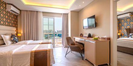 Perhehuone. Hotelli Fafa Grand Blue Resort, Durresin Riviera, Albania.