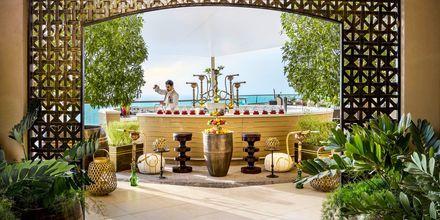 Badr Lounge, hotelli Fairmont Ajman. Arabiemiraatit.
