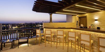 Horizon baari, Hotelli Fanar Hotel & Residences, Salalah, Oman.