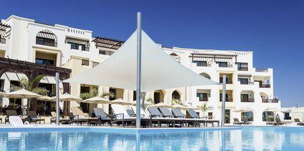 Allasalue, Hotelli Fanar Hotel & Residences, Salalah, Oman.