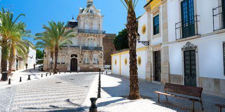 Faron kaupungin sydämessä on elementtejä keskiajalta.