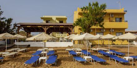 Ranta hotellin edustalla. Hotelli Faros, Kato Stalos, Kreeta.