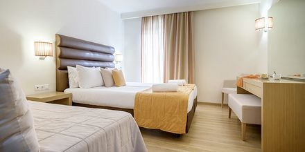 Kahden hengen huone, Hotelli Galaxy Beach Resort, Laganas, Zakynthos.