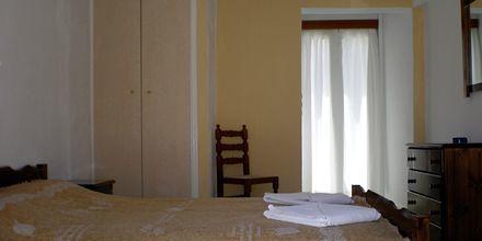 Yksiö. Hotelli Gardenia, Santorini, Kreikka.