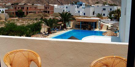 Näkymä parvekkeelta. Hotelli Gardenia, Santorini, Kreikka.