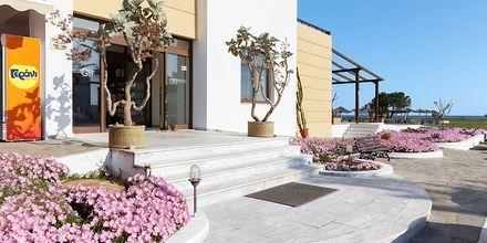 Sisäänkäynti. Hotelli Geraniotis Beach, Platanias, Kreeta.