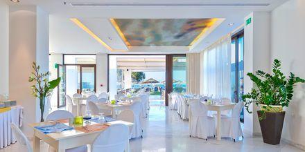Ravintola. Hotelli Geraniotis Beach, Platanias, Kreeta.