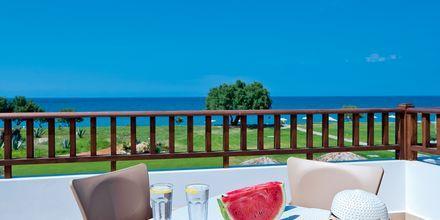 Yksiö. Hotelli Geraniotis Beach, Platanias, Kreeta.