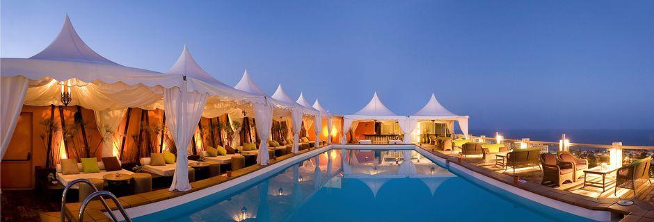 Allas kattoterassilla, Gloria Palace San Agustin Thalasso & Hotel, Gran Canaria