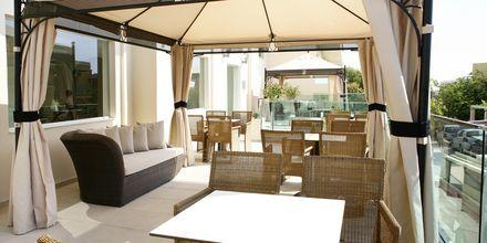 Kahvila, Hotelli Golden Beach, Hersonissos, Kreeta.