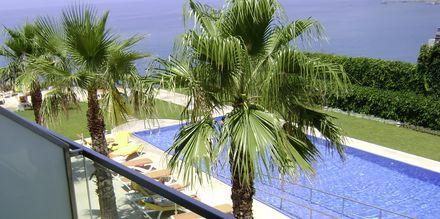 Parvekenäkymä. Hotelli Golden Residence, Madeira.