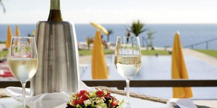 Nauti hyvistä drinkeistä hotelli Golden Residencessä, Madeiralla.
