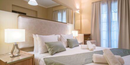 Kahden hengen huone, hotelli Golden Sun. Zakynthos.