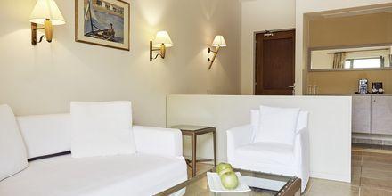 Juniorsviitti superior, hotelli Grand Bay Beach Resort, Kreeta, Kreikka.