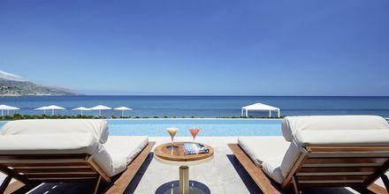 Hotelli Grand Bay Beach Resort, Kreeta, Kreikka.