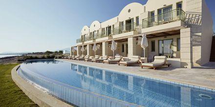 Allasalue. Hotelli Grand Bay Beach Resort, Kreeta, Kreikka.
