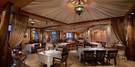 Ravintola Awtar hotellilla Grand Hyatt, Bur Dubai, Dubai.
