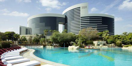 Allasalue hotellilla Grand Hyatt, Bur Dubai, Dubai.