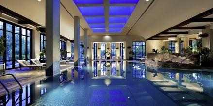 Sisäallas hotellilla Grand Hyatt, Bur Dubai, Dubai.