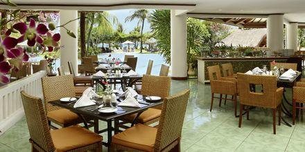 Ravintola, Grand Mirage Resort, Tanjung Benoa, Bali.