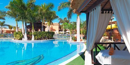 Hotelli Green Garden Resort, Playa de las Americas, Teneriffa.