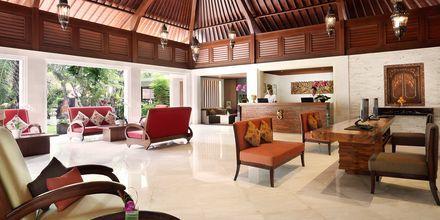 Aula, hotelli Griya Santrian. Sanur, Bali.
