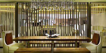 Buffetravintola, Habtoor Grand Resort, Autograph Collection, Dubai Jumeirah Beach, Yhdistyneet Arabiemiraatit.