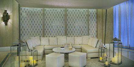 Lounge, Habtoor Grand Resort, Autograph Collection, Dubai Jumeirah Beach, Yhdistyneet Arabiemiraatit.