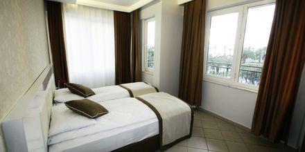 Kaksio ja kolmio, hotelli Havana Apart. Alanya, Turkki.