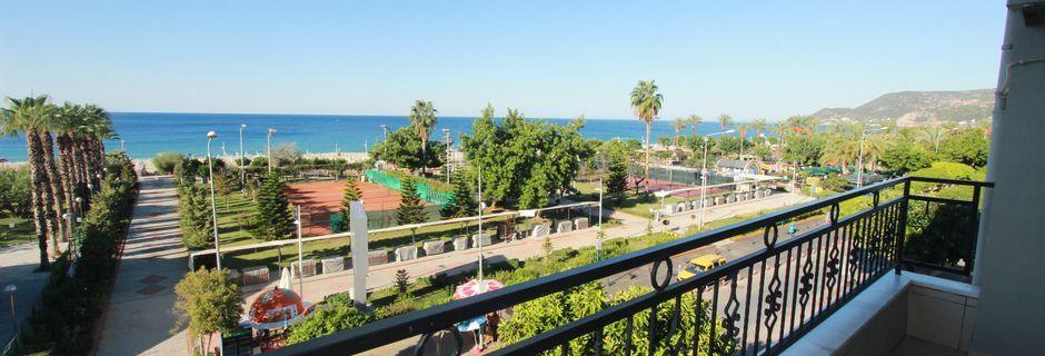 Näkymä kolmiosta, hotelli Havana Apart. Alanya, Turkki.