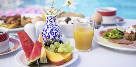 Osta aamiaista hotellissa, Hotelli Hermes, Kato Stalos, Kreeta.