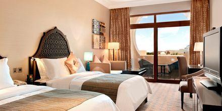 Deluxe-huone hotellissa Hilton Ras Al Khaimah Resort & Spa.