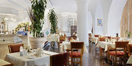 Ravintola Al Maha, hotelli Hilton Salalah Resort. Oman.