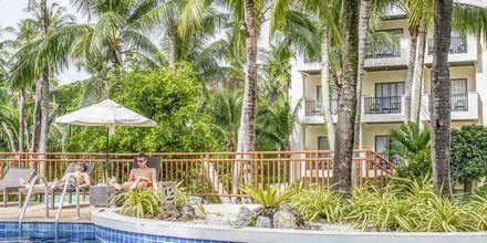 Hotelli Horizon Karon Beach Resort Club Wing, Phuket, Thaimaa.