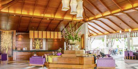 Vastaanotto. Hotelli Horizon Karon Beach Resort Club Wing, Phuket, Thaimaa.
