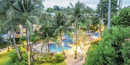 Hotelli Horizon Karon Beach Resort Family Wing, Phuket, Thaimaa.